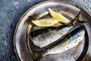la sardine : sardines avec quartiers de citron